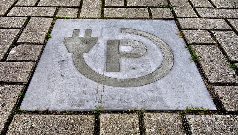 PSPA z pomysłem na rozwój elektromobilności w Polsce