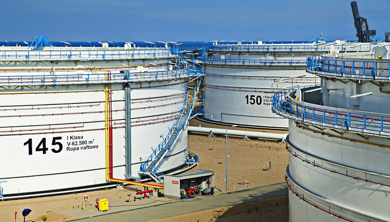 Do Polski trafiło w kwietniu 690 tys. ton zanieczyszczonej ropy